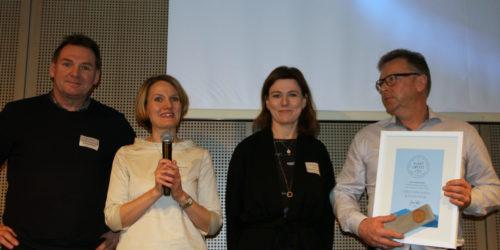 Denne gjengen fra Orkla Confectory og Snacks ble belønnet for å ha fått fram en gjenvinnbar snackspose i monomateriale som skal ivareta sprøheten i produktet. Fra venstre Stein Rønne, Kristin Gautvik-Minker, Gry Farhrendorff og Erik H. Sandø.