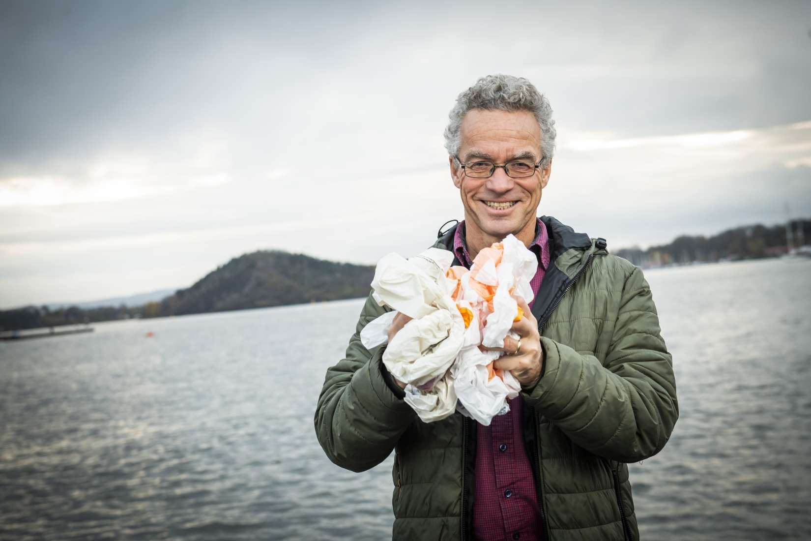 Rasmus Hansson, daglig leder i Handelens Miljøfond, sier det er en kontinuerlig avveining i Handelens miljøfond mellom ønske om å stimulere mange og å konsentrere seg om få, men større prosjekter. Foto: Handelens Miljøfond