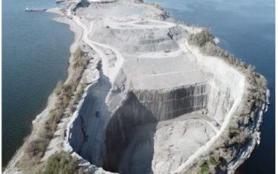 Det er plass til mer farlig avfall på Langøya, men da må det ordinære avfallet vike.