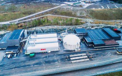 Det bare to år gamle biogassanlegget ved Högbytorp nordvest for Stockholm får ny eier fra 1. juni, dersom myndighetene godkjenner St1 sitt oppkjøp. Med en oppgitt produksjon på 60 Gwh årlig er anlegget blant de største i Sverige. Foto: Apelöga.
